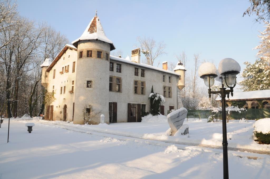 chateau-sous-la-neige