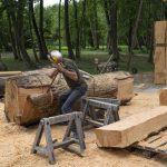 sculpteur-en-travail
